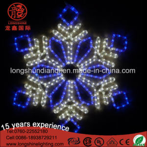 Outdoor LED White Snowflake Pendant Christmas Motif Light for Window Decoration pictures & photos