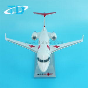 Chanllenger C604 Private Jet Resin Model pictures & photos