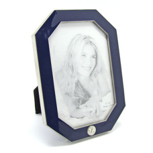 Home Decoration Custom Metal Picture Photo Frame Set Holder pictures & photos