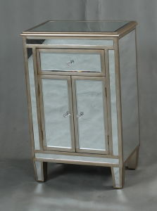 Mirrored Bedside Table Furniture with Hand Carved Glass pictures & photos