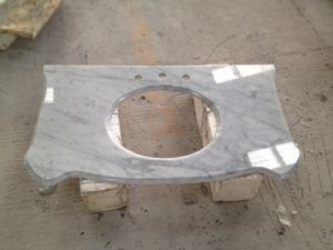 White Carrara/White Marble/Polished Vanity Top/ Marble/Marble Tops/Natural Stone/Bathroom Top pictures & photos