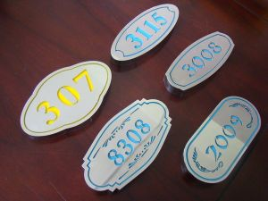 Hotel Wall Room Metal Stainless Steel Electroplating House Number Sign Doorplate pictures & photos