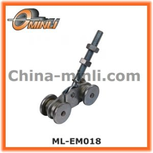 Punching Bracket Pulley for Hanging Door (ML-EM018) pictures & photos