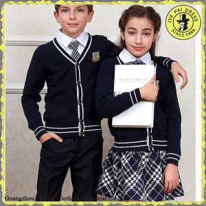 China Customized International School Uniform Manufacturer pictures & photos