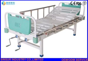 Hospital Ward Use Manual 2 Shake Medical Nursing Bed pictures & photos