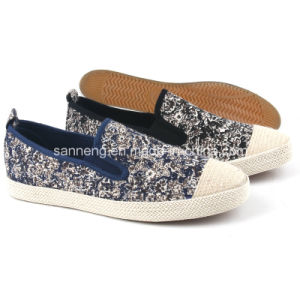 Fashion Men Canvas Shoes Espadrilles Snc-481501 pictures & photos