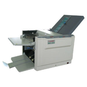 Letter Fold Paper Folding Machine (WD-298A) China Supplier pictures & photos