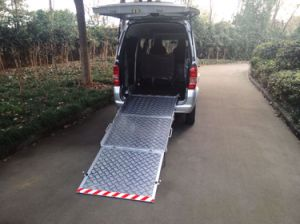Manual Wheelchair Ramp for Van, Manual Loading Ramp for Van with Loading 350kg pictures & photos