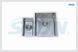 Handmade Double Bowl Stainless Sinks (SC2002) pictures & photos