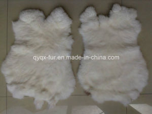 Factory Direct Supply Natural White 100% Real Rabbit Fur Skin pictures & photos