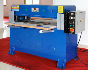 Hg-B30t Four Column Hydraulic Mask Fabric Cutting Machine pictures & photos