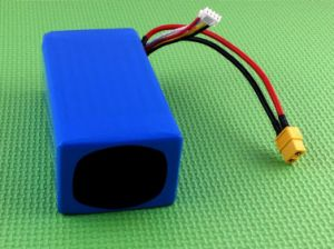 8043125-11.1V18ah 3s3p High Energy Density Lipo Battery Pack pictures & photos