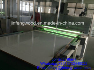 Jf-Wood Factory Offer UV Coated Melamine MDF for Kitchen Cabinet pictures & photos