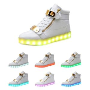 2016 Hot Sale Hook & Loop LED Shoes pictures & photos