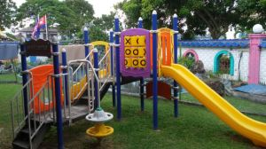 CE Standard Approved Playground pictures & photos