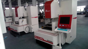 High Quality CNC Wire Cutting Machine Kd400gl pictures & photos