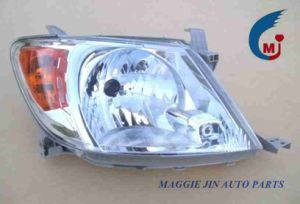 Auto Parts Auto Headlight Auto Head Lamp for Toyota Hilux pictures & photos