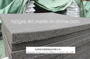 Grey Colored SBR Granules Stable Rubber Flooring Tiles pictures & photos