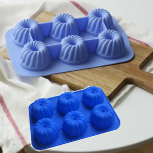 Food Grade Lovely Shape Pumpkin Shape Silicone Cake Mold pictures & photos