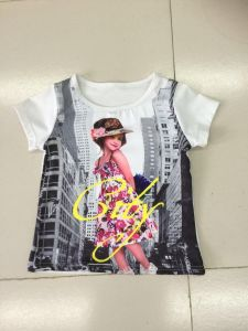 Lovely Girl T-Shirt in Children Clothes with Photo Print (SGT-004) pictures & photos