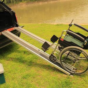 Aluminum Single Fold Down Wheelchair Ramp pictures & photos