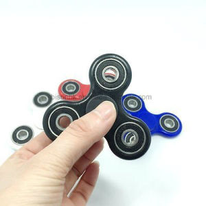 EDC Hand Spinner Fidget Finger Gyro Ball Desk Focus Toy for Kids/Adult pictures & photos