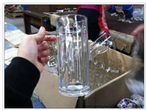 400ml Glass Beer Mug with Handle Wholesale pictures & photos