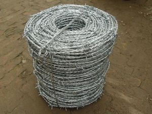Galvanized Bright Barbed Iron Wire pictures & photos