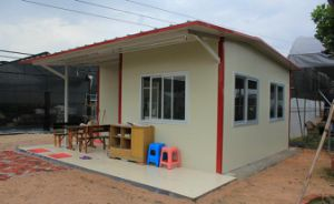 Steel Frame Sandwich Panel Prefabricated Portable House pictures & photos