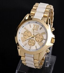Fashion Unisex Japan Quartz Chronograph Analog Wrist Band Watch (XM9005)