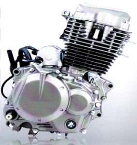 Motorcycle Engine Cg125/138/150/200/250 Air Cool pictures & photos