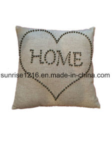 Decorative Cushion Sr-C170213-10 High Fashion Pearled Home in Heart Cushion pictures & photos