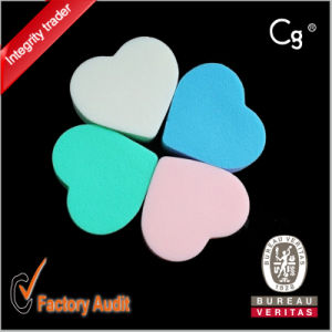 Heart Shap 4 Color Latex Cream Powder Puff Sponge Set pictures & photos