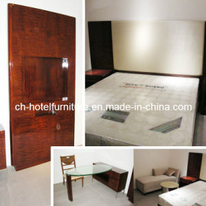 2014 Kingsize Luxury Chinese Wooden Restaurant Hotel Bedroom Furniture (GLB-100008) pictures & photos