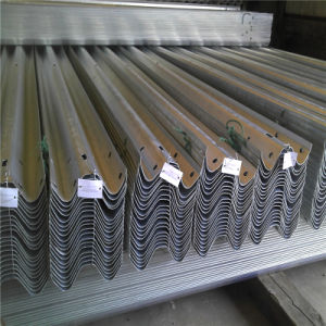 Hot DIP Galvanized Highway Guardrail Traffic Road Barrier for Traffic Safety pictures & photos