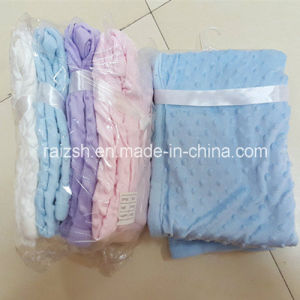 2016 Warming Minky DOT Microfibe Hem Edge Velour Baby Blanket pictures & photos