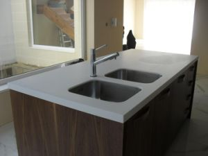 Artificial Solid Surface Tabletop&Kitchen Countertop pictures & photos