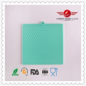 Heat Resistant Silicone Table Mat pictures & photos