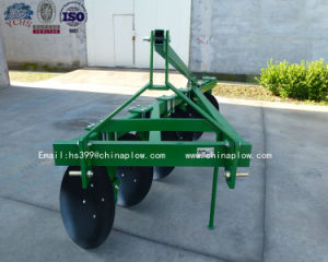 Top Quality Farm Machinery Tractor 3 Point Heavy Duty Disc Plough with Foton Tractor pictures & photos