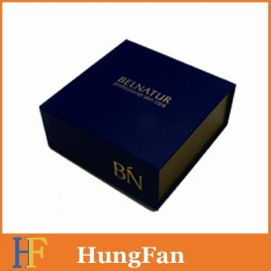 China Factory Made Foldable Gift Box with Magnet pictures & photos