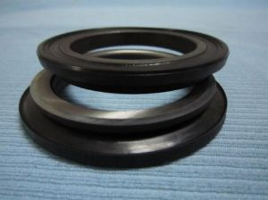 ODM Fine Quality Bearing Steel Made Floating Seal Used as Bulldozer Parts pictures & photos