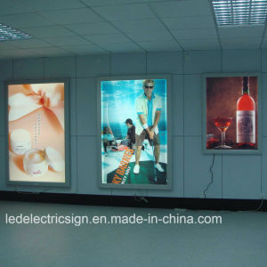 Poster Frame with Aluminum Frame Wall Mounted LED Light Box pictures & photos