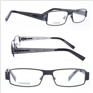 Titanium Optical Eyeglasses / New Style Fashion Frame/ Reading Frames (PR64IV) pictures & photos