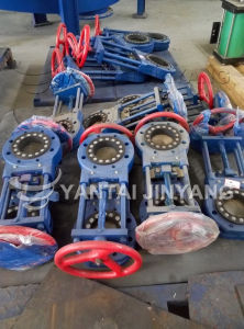 Hydraulic Pneumatic Slurry Knife Gate Valve Dn100 Flow Control Valve pictures & photos