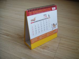 Customized New Year Gift Monthly Desk Calendar pictures & photos
