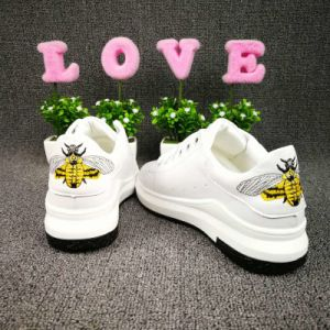 2017 New Lady Casual Leather Sneakers Anti-Stain Casual Shoes for Women Style No.: Casual Shoes-Michael 001. Zapatos pictures & photos