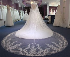 Hot Sale Beading Wedding Dress pictures & photos