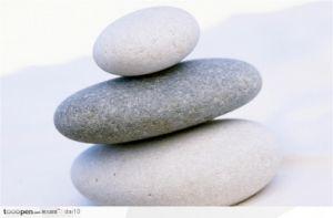 White Cobble Stones/Pebbles/Pebble Stone/Step Stone/Step Stone/Road Stone/Hang Grey Marble Slab/Tile pictures & photos