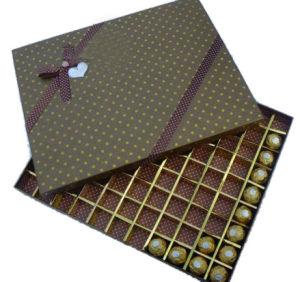 Mini Celebrations Fancy Decorative Empty Luxury Paper Chocolate Boxes Wholesale (YY--B0016) pictures & photos