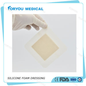 China Suppliers Mepilex Border Foam Dressing with Silicone pictures & photos